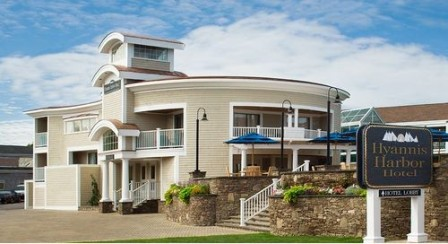 NHG_at_Hyannis_Harbor_Hotel_03