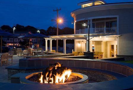 NHG_at_Hyannis_Harbor_Hotel_05