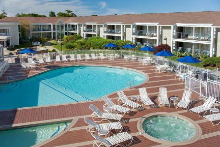 NHG_at_Hyannis_Harbor_Hotel_06