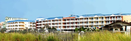 La_Mer_Beachfront_Inn_02